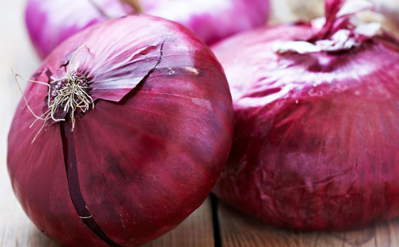 How to tell if a red onion is bad